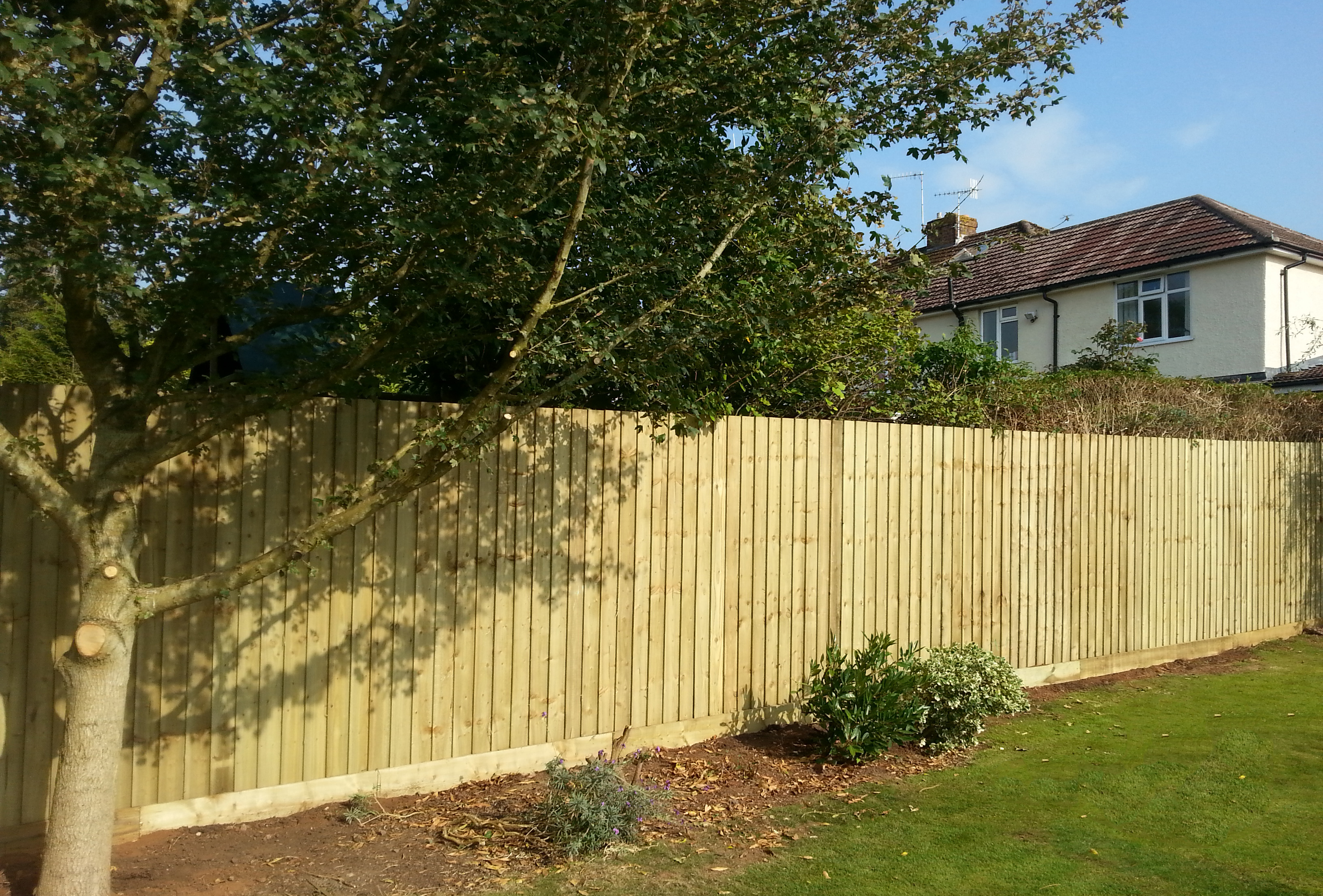 Quality fencing finishes